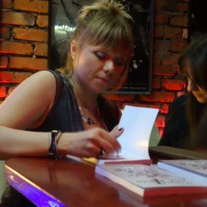 Tijana Kondic signing her book