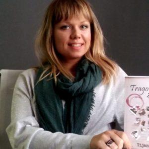 Tijana Kondic with her book